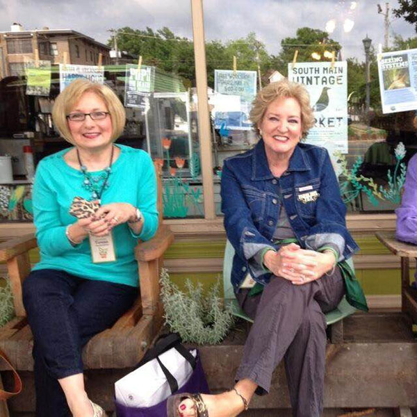 Teresa Byington & Susan Fox in Little Rock, AR at P.Allen Smith's Garden2Blog 2015 #G2B2015